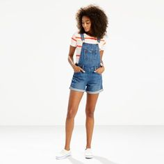 Born in 1960s counterculture, Levi's® Orange Tabs symbolized style and youth. Known as