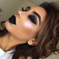 Gorgeous Makeup: Tips and Tricks With Eye Makeup and Eyeshadow – Makeup Design Ideas Eye Makeup, Dark Makeup, Glam Makeup, Makeup Inspo, Makeup Inspiration, Black Lipstick Makeup, Black Makeup Gothic, Gothic Glam, Makeup Style
