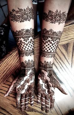 As a finalist in our annual mehndi contest, this super talented artist brings us amazing designs! Mehndi Tattoo, Henna Tattoo Designs, Mehndi Art, Henna Mehndi, Henna Art, Unique Mehndi Designs, Beautiful Henna Designs, Bridal Mehndi Designs, Bridal Henna