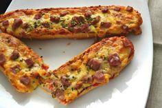 Receta de Paninis caseros   Eureka Recetas Empanadas, Vegetable Pizza, Quiche, Tapas, Healthy Recipes, Healthy Food, Picnic, Vegetables, Breakfast