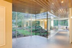 maggie's centre glasgow // oma - rem koolhaas // photo by iwan baan
