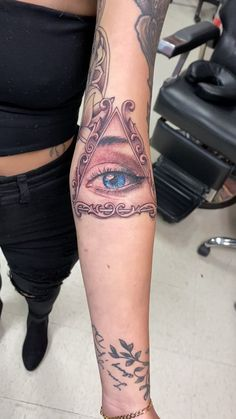 All Seeing Eye with Quan Yin Tattoo - Organspende Zitate Hand Tattoos, Half Sleeve Tattoos Forearm, Mirror Tattoos, Skull Tattoos, Body Art Tattoos, Key Tattoos, Leg Tattoos Women, Tattoos For Guys, Fairy Tattoo Designs