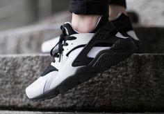 Nike WMNS Air Huarache - White - Black