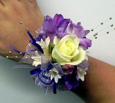 Prom Flowers Idea Florists | ... about the prom dresses featured and enter their Prom Dress Giveaway