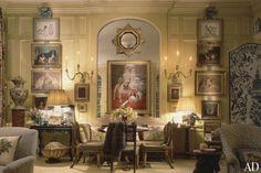 Mario Buatta's Manhattan Living Room