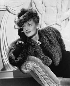 """Bette Davis en """"Amarga Victoria"""" (Dark Victory), 1939"""