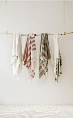 Want: Turkish Bath Towels Turkish Towels, better for you & environment!Turkish Towels, better for you & environment! Textiles, Turkish Bath Towels, Interior Minimalista, Vide Dressing, White Towels, Striped Towels, Home Goods, Shabby, Fabric