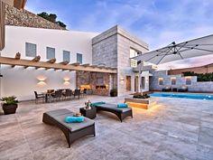 Cautivante Villa Española en Puerto Andratx con unas vistas excepcionales