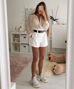 Women's Fashion Outfits Ideas - Fashion Ideas Street Style Outfits, Mode Outfits, Girl Outfits, Summer Outfits, Fashion Outfits, Fashion Clothes, Office Outfits, Fashion Ideas, Fashion Trends