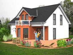 Bei unseren Kunden immer wieder beliebt: #Massivhaus mit #Satteldach, #Erker, #Gaube und einem kleinen #Balkon.  Mehr Informationen über unsere #Massivhäuser und Herwig #Haus gibt es unter: www.herwig-haus.de