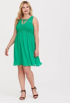 058c0bfce7b 10 Green Plus Size Dresses To Wear On St Patrick s Day