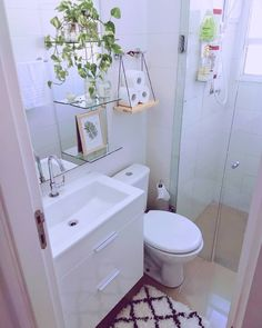 Washroom Design, Bathroom Design Luxury, Bathroom Design Small, Bathroom Layout, Very Small Bathroom, Small Bathroom Interior, Tiny Bathrooms, Tiny House Bathroom, Bad Inspiration
