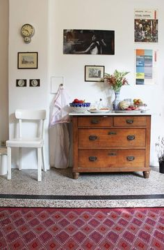 Noemi's Romantic Biedermeier Apartment in Berlin