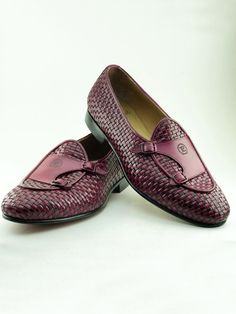 The Yolanda Crimson Woven Double Monk Strap handmade Loafers are made from genuine calf leather. Our bespoke shoes are perfect choice for those refined men who appreciate details. Mens Woven Loafers, Loafers Men, Gents Shoes, Double Monk Strap, Leather Slippers, Leather Sandals, Monk Strap Shoes, Fashionable Snow Boots, Desert Boots
