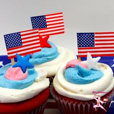 Japanese American 4th of July Cupcakes, #Glutino #Giveaway at NinjaBaker.com  #glutenfree #cupcakes #Japanese #wine #4thofJuly
