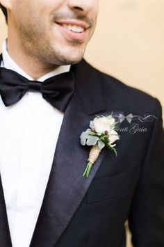 Groom's boutonniere Flowers Wedding