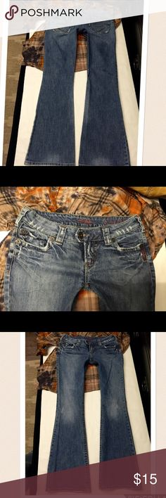 """Silver brand denim jeans TUESDAY size 26 Style:tuesday🐰size:26🐰inseam: 30🐰rise:6""""🐰waist across top:?15""""🐰hip:17""""🐰2% spandex Silver Jeans Jeans"""