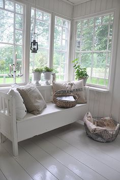love the white bench...top of stairs, piano room