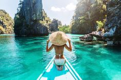 3 Must-Visit Islands in the Philippines