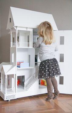 DIY - Dollhouse Inspiration // www.petitloublog.com