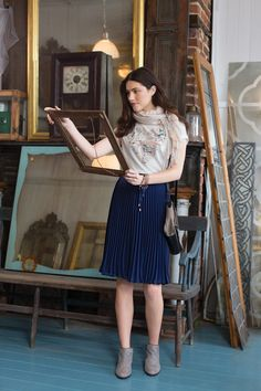 Love this classy look: Maison Jules Spring 2014 Collection Parisian Chic, Navy Skirt, Pretty Outfits, Pretty Clothes, How To Look Classy, Cool Style, High Waisted Skirt, Style Inspiration, Street Style