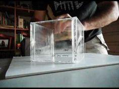 Como realizar una #caja con cajas de #CDs. Los alumnos le han puesto una base del mismo material.