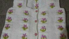 Kız Çocukları İçin Beyaz Örgü Elbise Tarifi – Örgü resimli anlatımlı örgü sitesi Baby Knitting Patterns, Coin Purse, Purses, Amigurumi, Handbags, Purse, Bags, Coin Purses