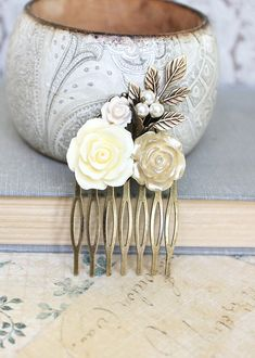Hair Comb, Wedding Hair Accessories, Flower Collage Comb