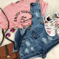 Adorable outfit idea to copy ♥ For more inspiration join our group Amazing Things ♥ You might also like these related products: - Sweaters ->. Cute Casual Outfits, Cute Summer Outfits, Outfits For Teens, Spring Outfits, Girl Outfits, Fashion Outfits, Style Blogger, Tumblr Outfits, Feminine Style