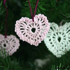 It only takes a few minutes to crochet this heart.