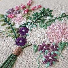 Embroidery Stitchery Beautiful Work!Annika (@_annikah) on Instagram. jwt