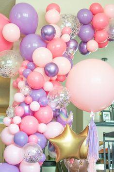 Rainbow Balloon Arch, Balloon Arch Diy, Balloon Tassel, Balloon Garland, Birthday Garland, Diy Birthday Decorations, Birthday Balloons, Baby Shower Decorations, Hanging Balloons