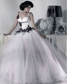 2013 New White / black Quinceanera wedding dress Evening Party Ball Gown custom