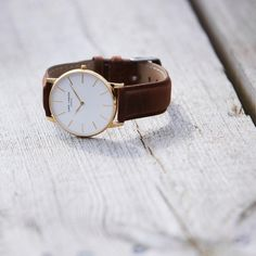 """101 Synes godt om, 3 kommentarer – Lars Larsen Watches (@larslarsenwatches) på Instagram: """"Let's change it up! Create a new look for your watch by changing the color of your strap #LW47…"""""""