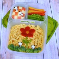 Here's a fun way to pack Mac & Cheese for lunch! | packed in @EasyLunchboxes containers