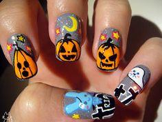 25 Halloween Nail Designs - http://trendyinsight.com/25-halloween-nail-designs/