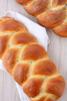 Challah Bread Recipe | thekitchenpaper.com