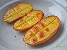 mikrós krumpli Hungarian Recipes, Hungarian Food, Potato Dishes, Waffles, Mango, Potatoes, Snacks, Fruit, Breakfast
