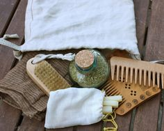 Plausibly Historical Toiletry Set | Eulalia Hath A Blogge--- Not sure if these exact items would be good, but something similar for crowns who are very into persona would be nice to have.