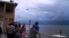VIDEO VIRAL: OVNIS Captados a poca distancia (FALSO) | Desvelado Adicción