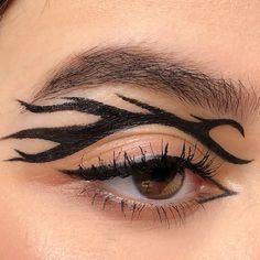 #graphicliner #aestheticmakeup #eyeliner #liner #tatoo #tribal #avantgardemakeup Punk Makeup, Edgy Makeup, Makeup Eye Looks, Grunge Makeup, Eye Makeup Art, No Eyeliner Makeup, Makeup Inspo, Eyeliner Ideas, Gothic Eye Makeup