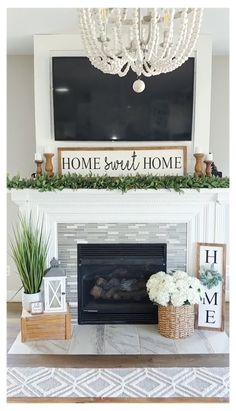 Fireplace Hearth Decor, Home Fireplace, Living Room With Fireplace, Fireplace Design, Fireplace Remodel, Home Living Room, Fire Place Mantle Decor, Modern Fireplace Mantles, Fireplace Mantle Decorations