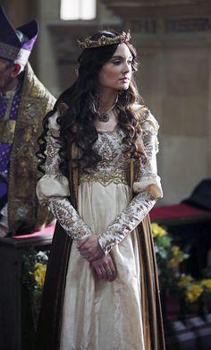 "Mallory Jansen as Queen Madalena in ""Galavant"" (2015-)"