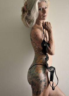 O que Tattooed Senior realmente se parecem!
