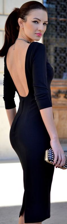 Perfect black dress with the perfect styling. Nothing too much, massive impact.
