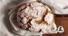 Portuguese Desserts, Portuguese Recipes, My Recipes, Cooking Recipes, Favorite Recipes, Broa Recipe, Salty Foods, Bread N Butter, No Bake Desserts