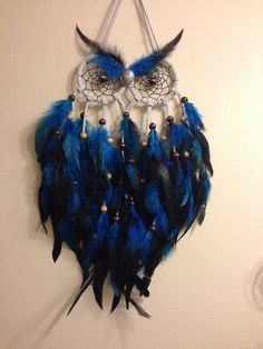 Items similar to Petite chouette Dream Catcher on Etsy Owl Crafts, Diy And Crafts, Arts And Crafts, Los Dreamcatchers, Dream Catcher Craft, Making Dream Catchers, Homemade Dream Catchers, Blue Dream Catcher, Small Owl