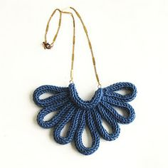A Alicia hand-knitted necklace Knitted Necklace, Diy Necklace, Necklaces, Textile Jewelry, Fabric Jewelry, Jewellery, Spool Knitting, Hand Knitting, Crochet Collar