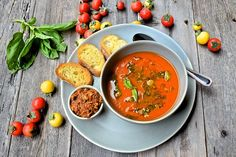 Easy Summer Tomato Soup