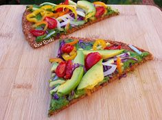 Raw Vegan Recipes by Rocki: Raw Vegan Pizza with Spinach Basil Pesto